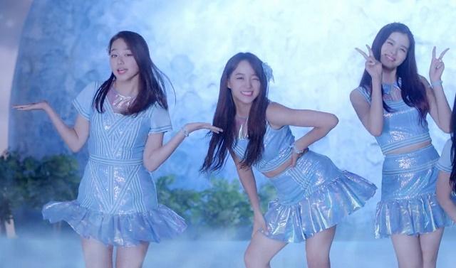 Jellyfishgirls-0140.jpg