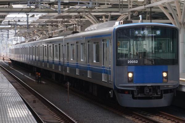 2016-04-09 西武20152F 各停池袋行き 5106レ