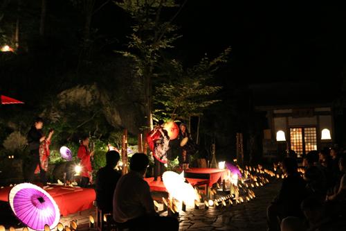 昇仙峡 仙娥滝 ライトアップと竹灯籠のあかり 和楽器ユニット「HIBIKI」