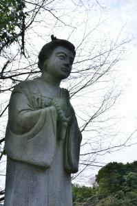 阿久利姫石像