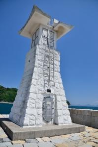 千砂子波止の灯台