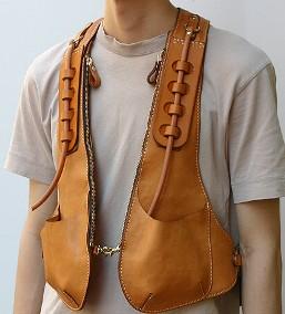 ヘルツ着る鞄