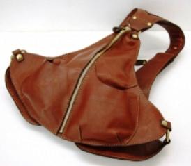 ヘルツ着る鞄01