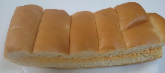 牛乳パン富良野メロン02