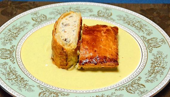 モリーユと鶏むね肉のパイ包み焼き20160516