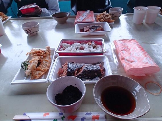 お昼ご飯20160606