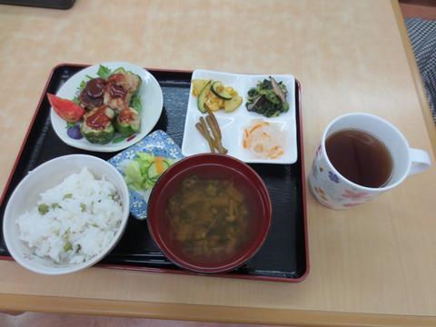 ある日の昼食