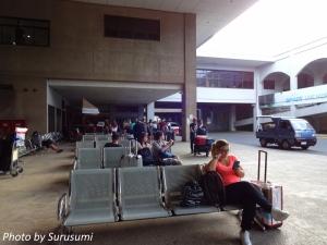 マクタン空港・到着エリア