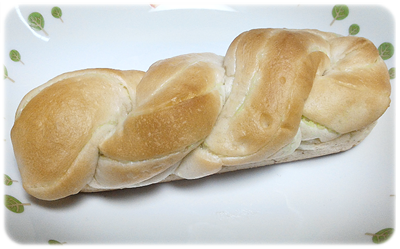コンビニ スイーツ ローソン 菓子パン メロンパン ザクザクメロン デニッシュサンド3