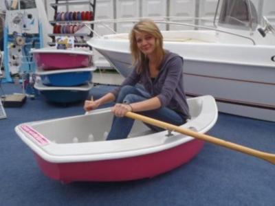 JW20Mini20boat.jpg