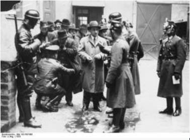 ナチス銃殺2