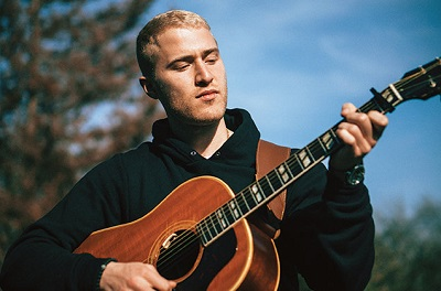 Mike Posner_-_03