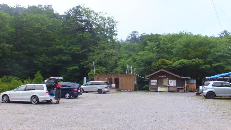 段戸湖駐車場