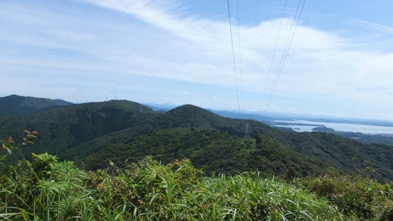 鉄塔から望む神石山