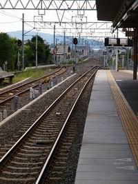 20160625_日本の鉄道の駅(200x267)