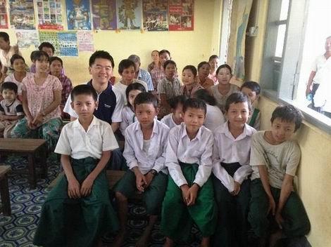 20160630_ヤンゴンの小学校(470x352)