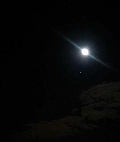 ウエサク月と星