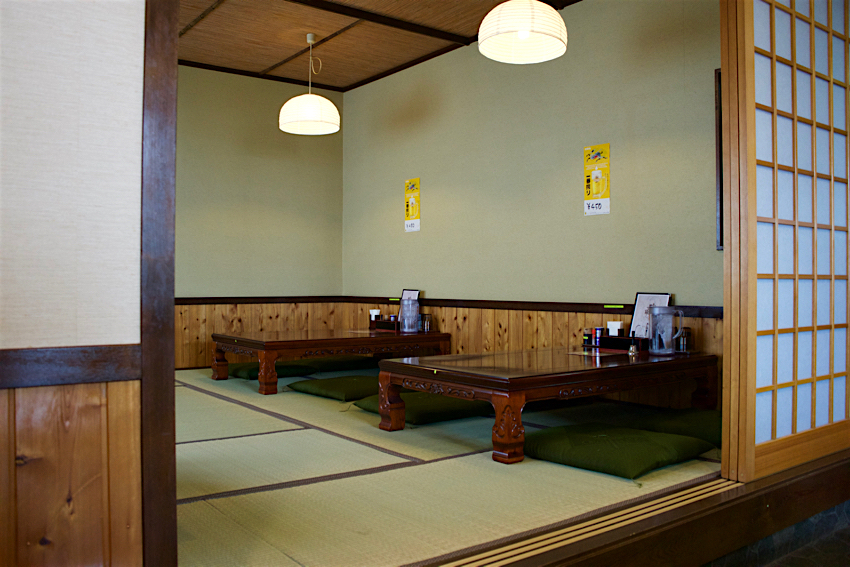 麺屋 鶴と亀@栃木市大平町 店内2