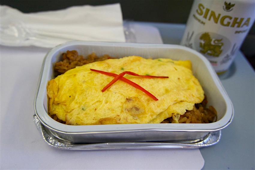 バンコク旅行記 ドンムアン空港、機内食