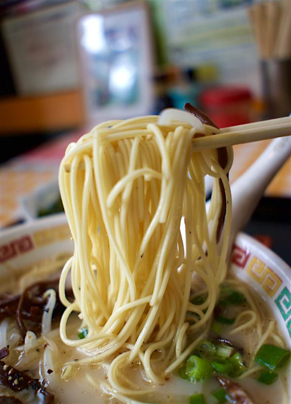 九州ラーメン 来来@鹿沼市上野町 麺