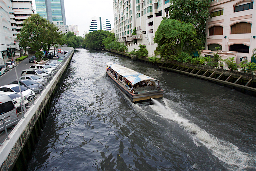 バンコク旅行記 川と水上バス