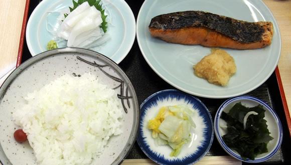 新富町 魚竹でランチ-3