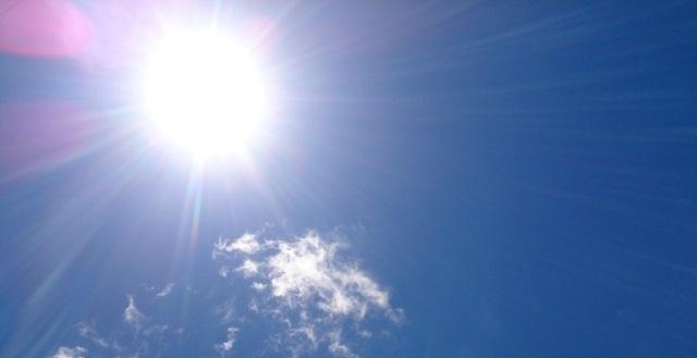 太陽 日差し