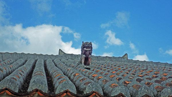 屋根のシーザ