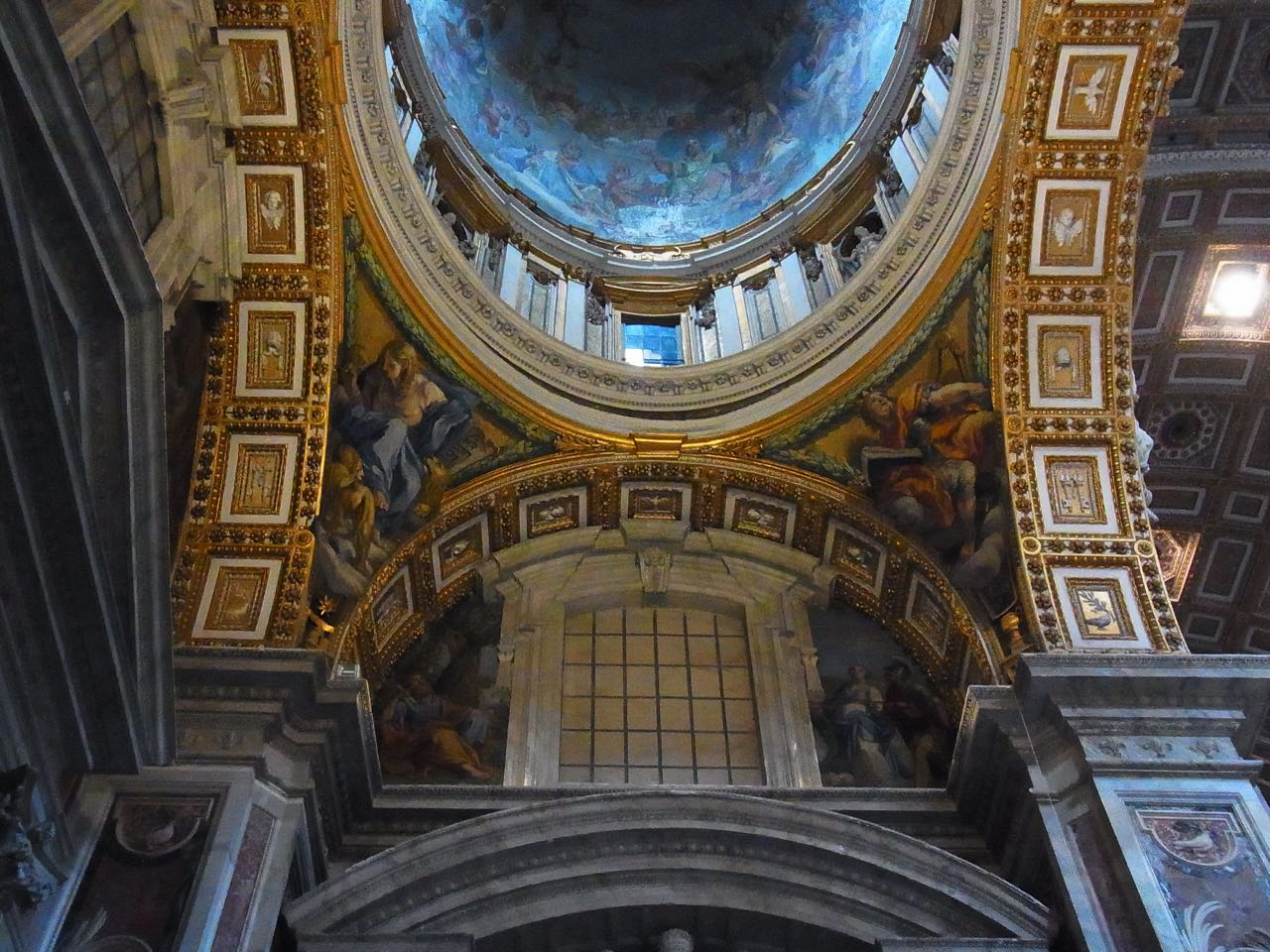 vatican30.jpg
