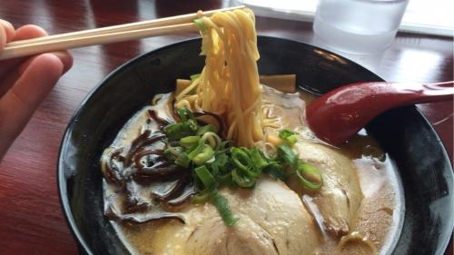 ラーメン黒龍新世界中細ストレート麺