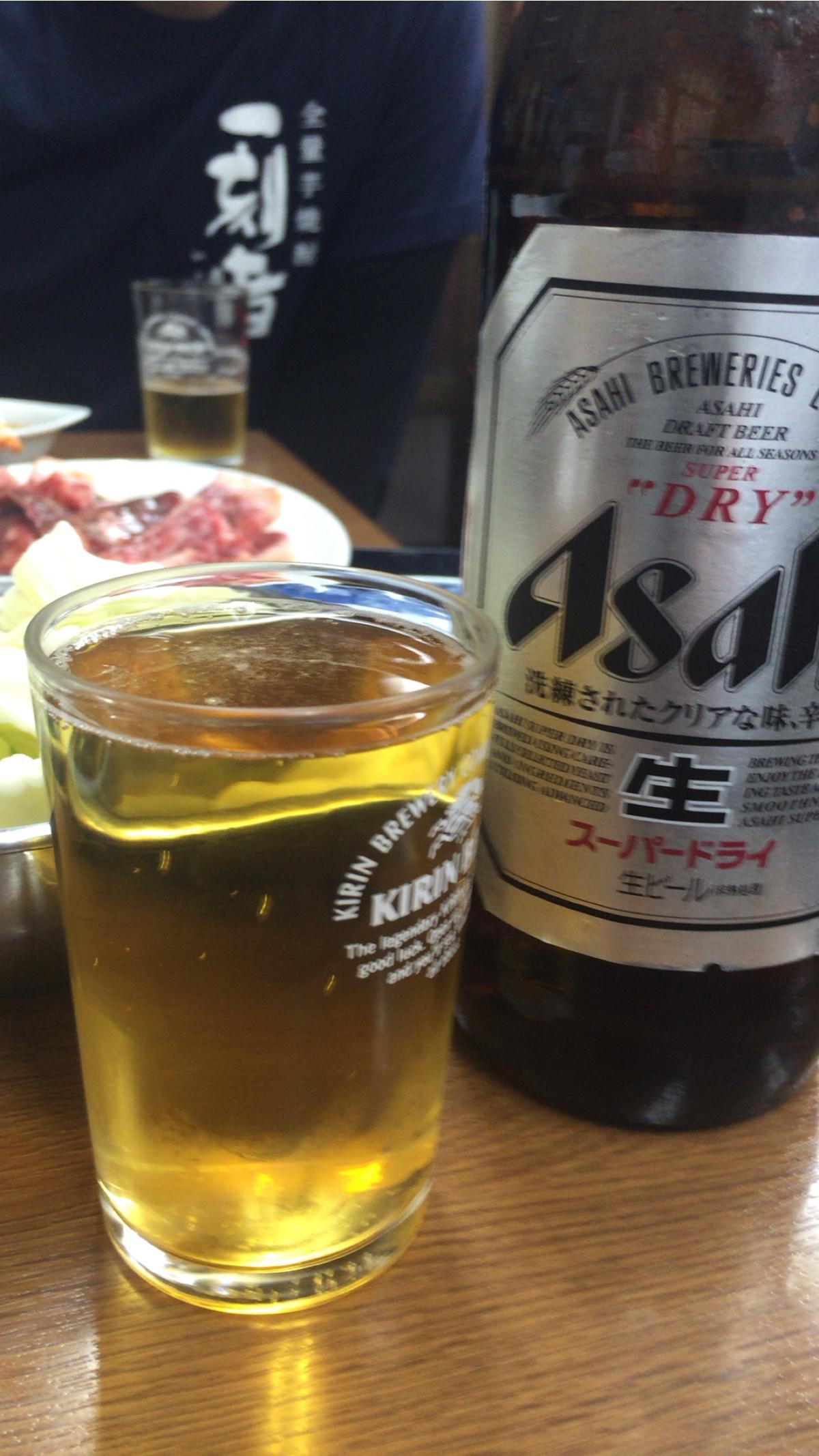 大阪新世界通天閣近くの焼肉屋【原軒】ビール