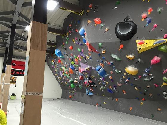 14-傾斜のある人工壁