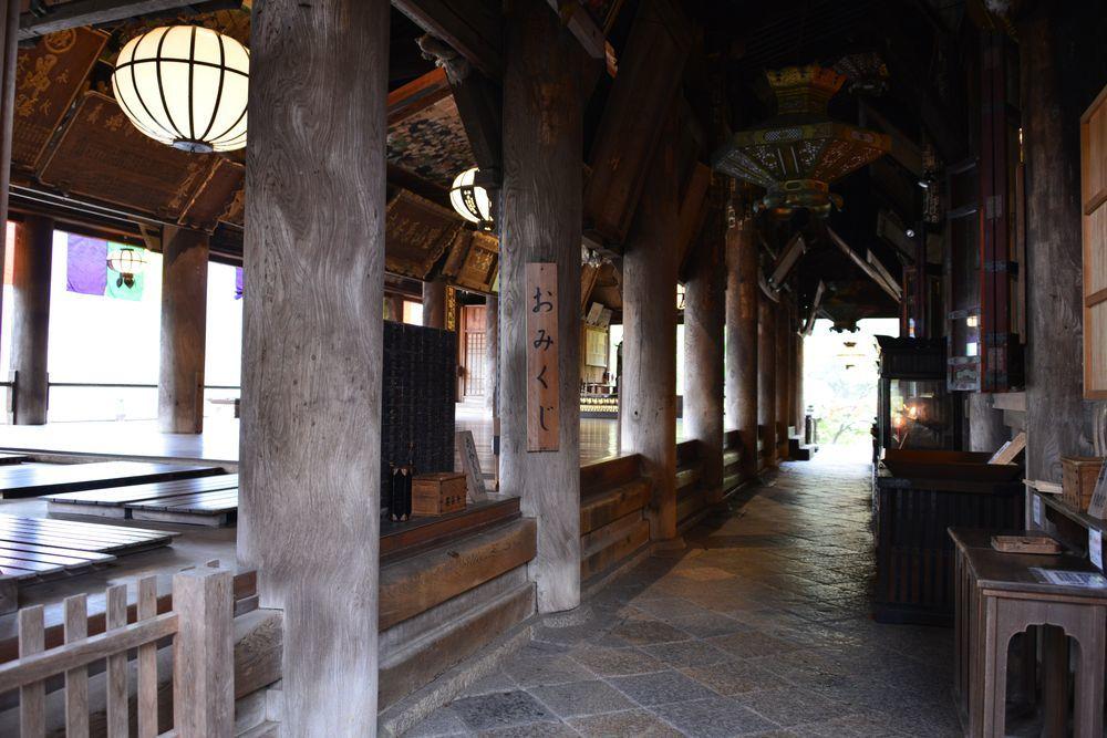 長谷寺本堂-2