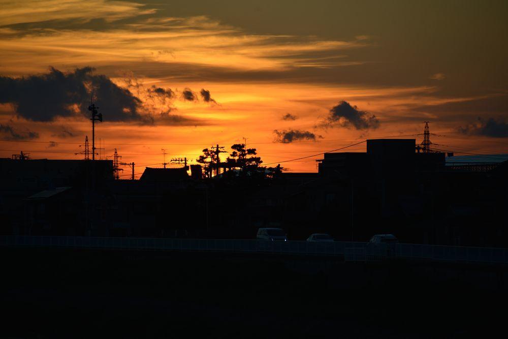 川に夕陽-4