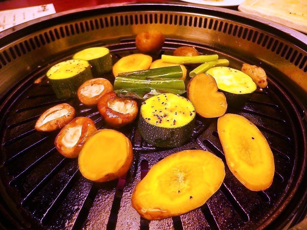 foodpic7057385s-.jpg