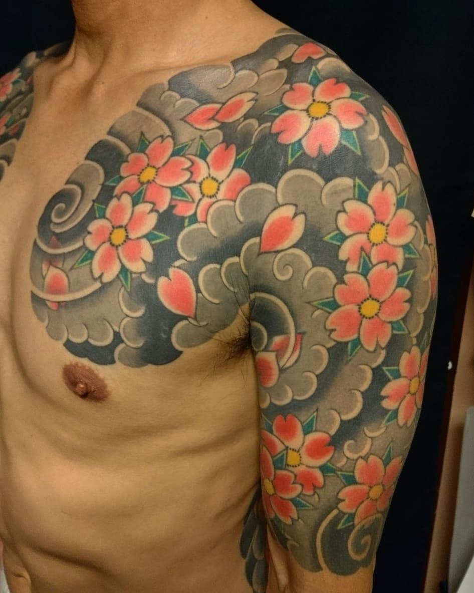 桜吹雪 昇り鯉 大和 桜ヶ丘 世田谷 下北沢 四代目 梵天 彫けん Bonten Iv Tattoo Studio ブログ