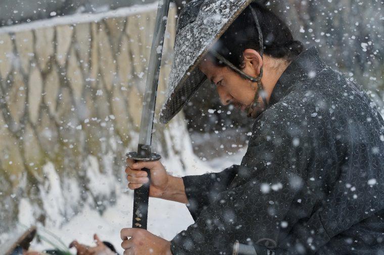 『散り椿』雪の中の殺陣