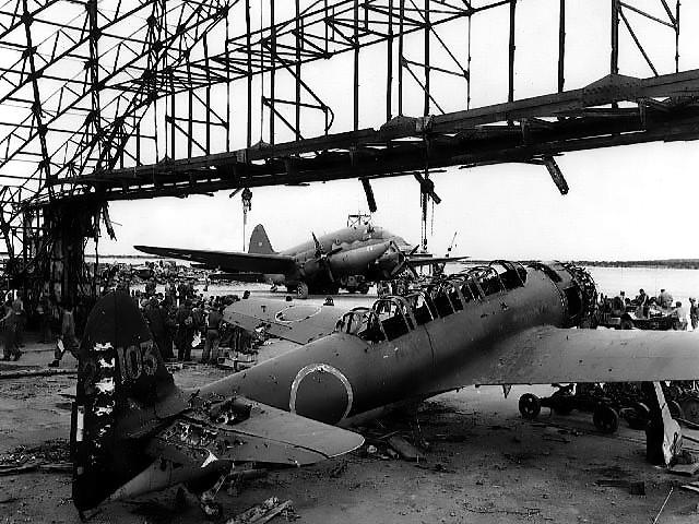 TINIANJapaneseplane99KANBAKU.jpg