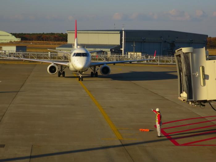 三沢空港 羽田空港