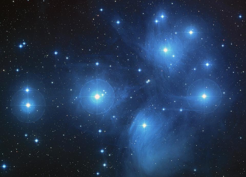 the-pleiades-star-cluster-11637_960_720.jpg