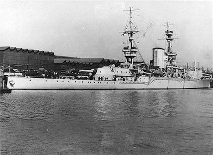 HMS_Furious-01.jpg