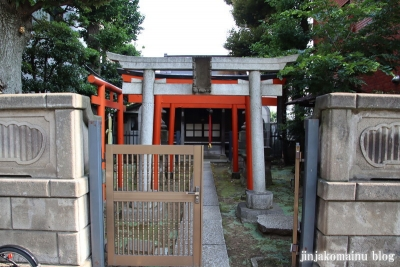 妻戀御社稲荷神社(中野区野方)1