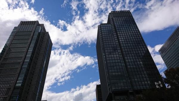 東京駅高いビル