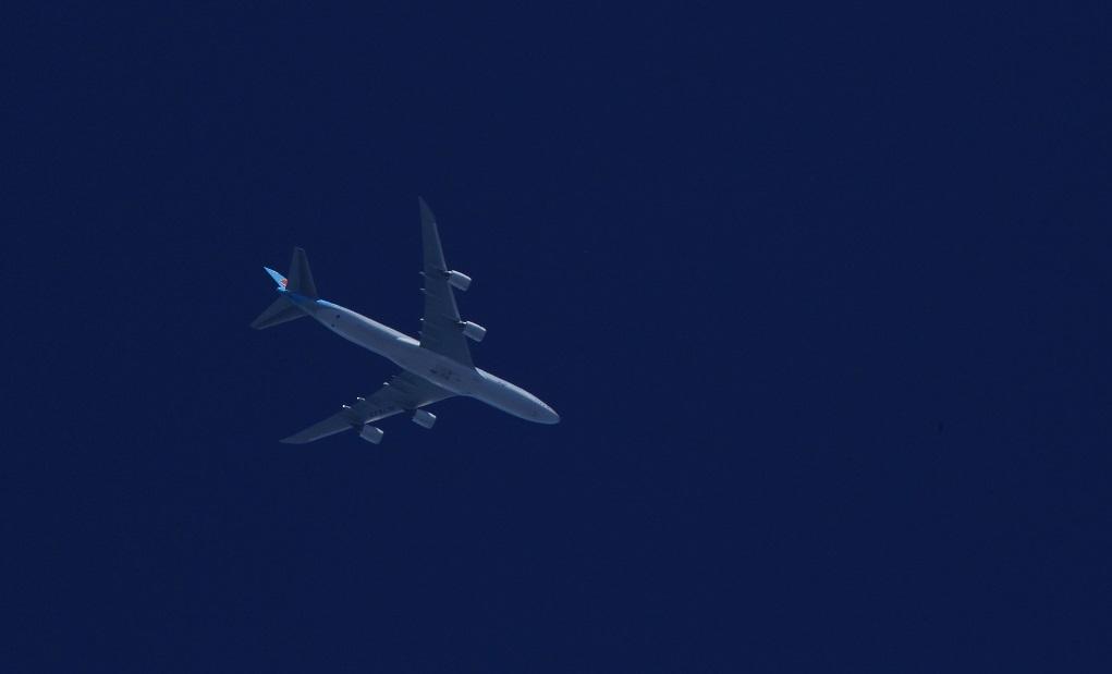 ブログ 大寒航空ボーイング747 飛行機が成田へ向かうのかな?.jpg