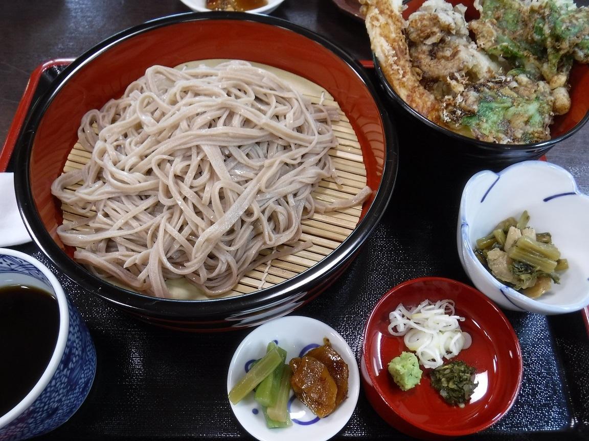 ブログ 桧枝岐の名物 裁ち蕎麦.jpg