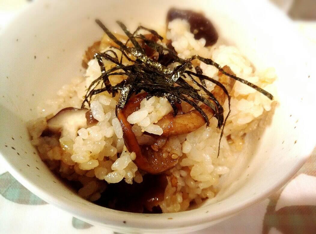 超簡単 黄金レシピ キノコの炊き込みご飯