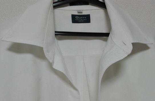 Yシャツは やっぱり白がいい