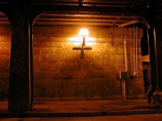 フリー画像夜のトンネル