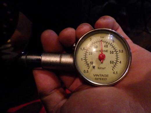 空気圧 (1)