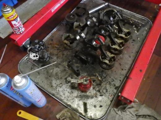 古いガスケット類取り除き (6)